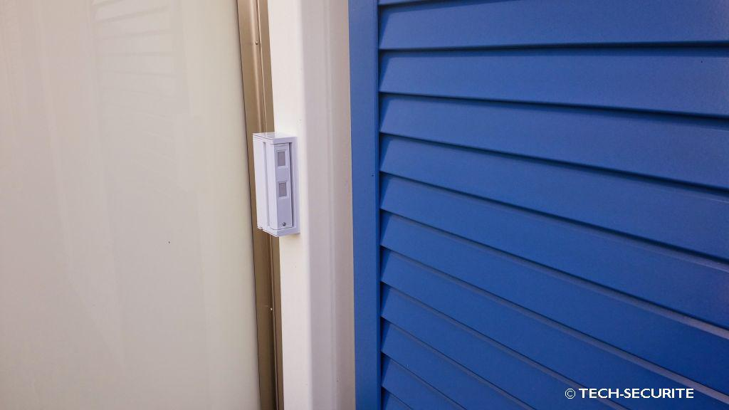 detection exterieur balcon terrasse systeme d 39 alarme. Black Bedroom Furniture Sets. Home Design Ideas